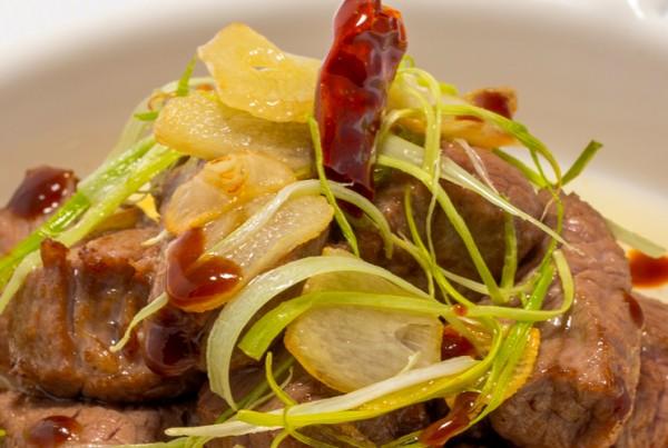 Tacos de solomillo al ajillo